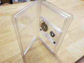 Single clear cassette wallet case