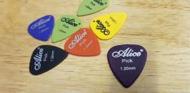 Guitar Plectrum Pick 1.2mm