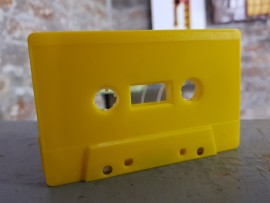 Yellow solid coloured cassettes