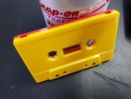 Yellow/red with WINDOW cassettes